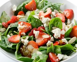 spinach-straw-salad