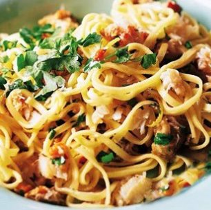 crab-chilli-linguine